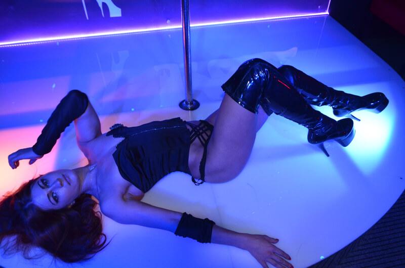 striptiz-club